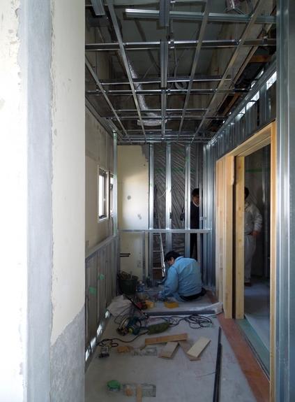 2階幼児用トイレ改修中です。